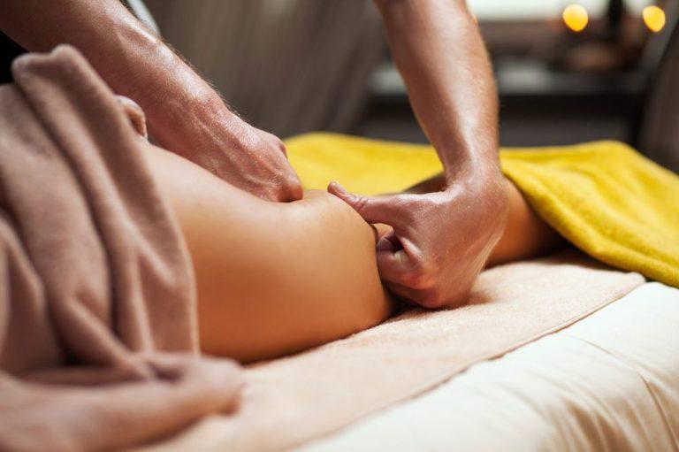 Как делать антицеллюлитный массаж дома