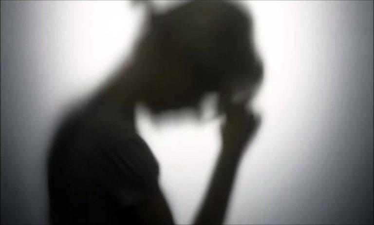Симптомы, причины и лечение послеродовой депрессии у женщин