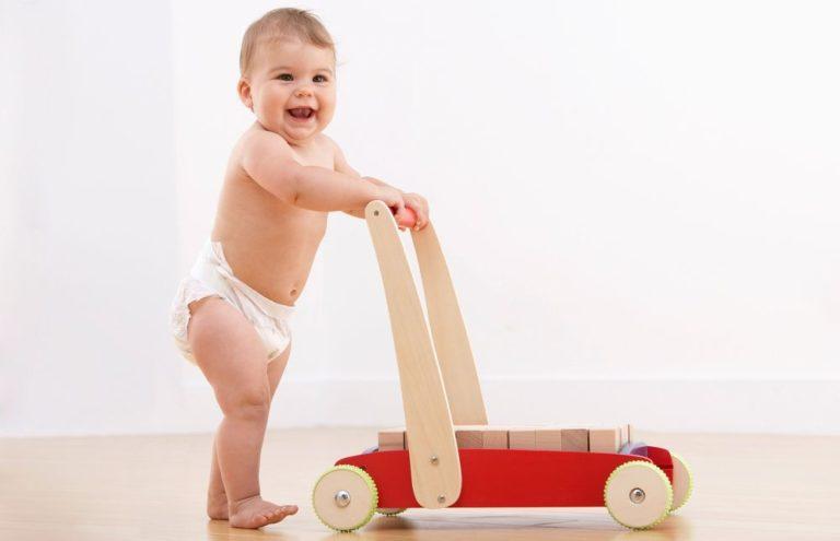 Когда ребёнок начал ходить самостоятельно