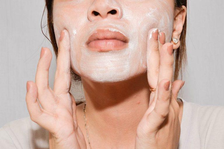 Ежедневный уход за кожей лица