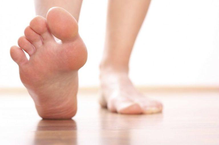 Лучшие средства против запаха от ног